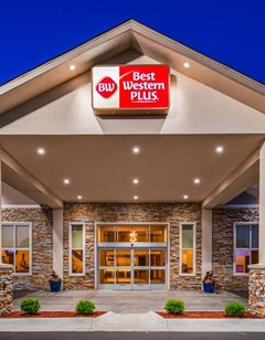 Best Western Flint Airport Inn  Suites
