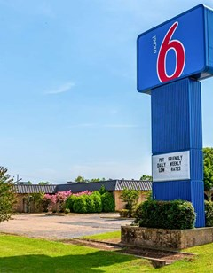 Motel 6 Natchitoches