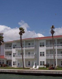 Lighthouse Inn at Aransas Bay