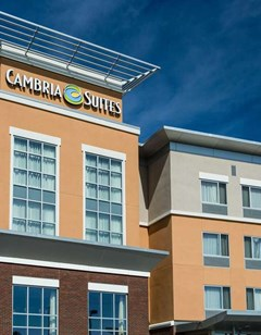 Cambria hotel & suites Maple Grove MN