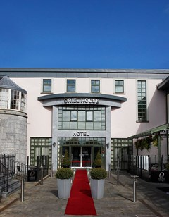 Oriel House Hotel Leisure Club & Spa