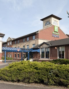 Holiday Inn Express Strathclyde Park M74