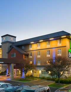 Holiday Inn Express Philadelphia NE