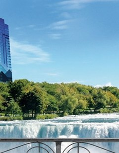 Niagara Falls Hotels Near Seneca Niagara Casino And Hotel Buffalo