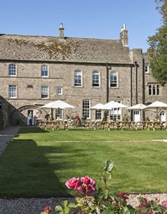 The Lord Crewe Arms Hotel