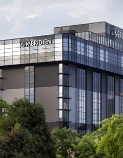 Le Meridien Chicago-Oakbrook Center