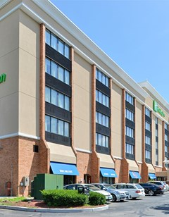 Holiday Inn New London North Hotel