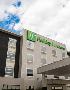 Holiday Inn Hotel & Suites Calgary South