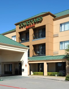 Courtyard by Marriott Legacy