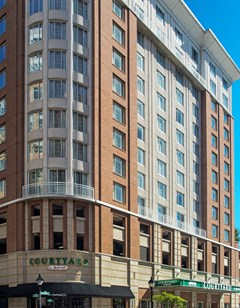 Courtyard by Marriott Inner Harbor