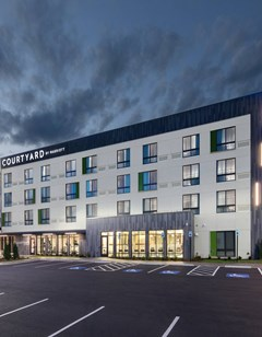 Courtyard by Marriott Russellville