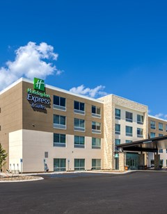 Holiday Inn Express & Stes Reedsville