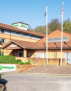 Holiday Inn Cardiff North M4J
