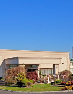 Holiday Inn Carteret-Rahway