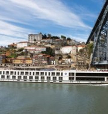 Uniworld Boutique River Cruise Collection Queen Isabel