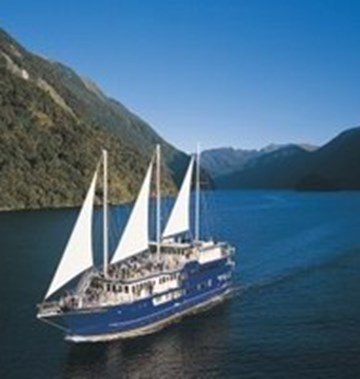 Real Journeys Fiordland Navigator