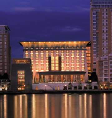 Canary Riverside Plaza Hotel Number Of Rooms