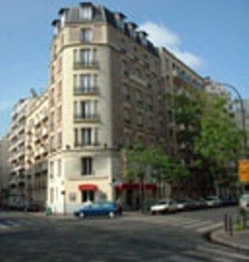 Hotel korner eiffel tourist class paris france hotels for Ideal hotel paris