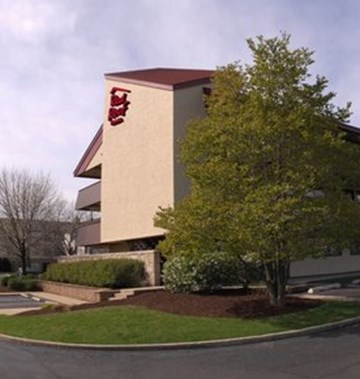 Exterior. At the end of your free shuttle ride, you'll discover the Residence Inn, a place with the advantages of a luxury hotel, but with a feeling of a community, full of common areas and evening events which allow you to meet our staff and fellow travelers.