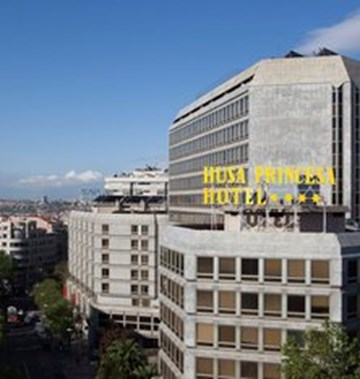 Courtyard By Marriott Madrid First Class Madrid Spain