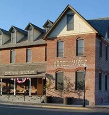 Wolf hotel saratoga wy hotels gds reservation codes for Saratoga hotel in chicago