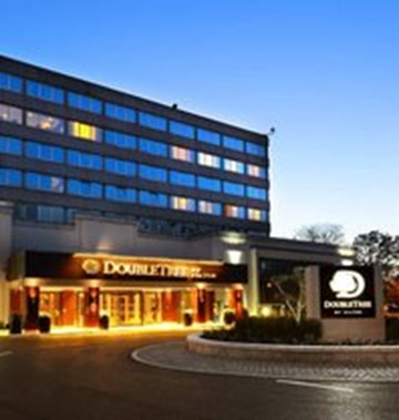 Doubletree by hilton dublin burlington first class dublin for Reservation d4hotel