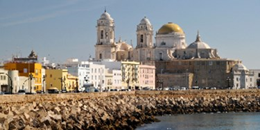 Cadiz A City On Peninsula Surrounded By 300 Degrees Of Water Is An Extremely Por Cruise Port Ships Dock Essentially In The Town Center