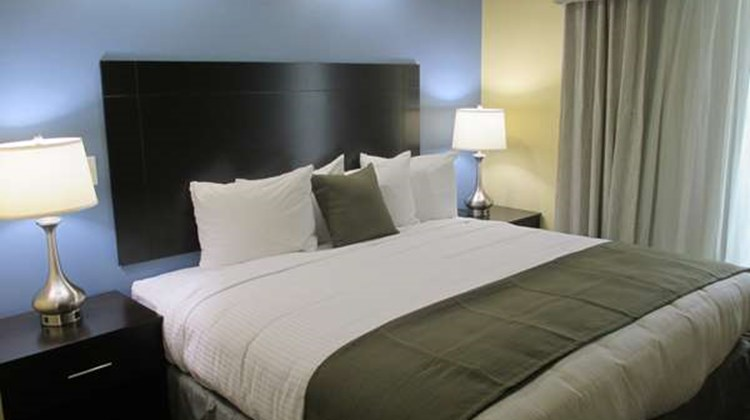 Best Western Plus Forest Hill Room