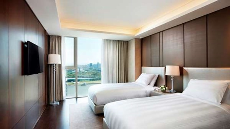 Lotte City Hotel  Daejeon Suite