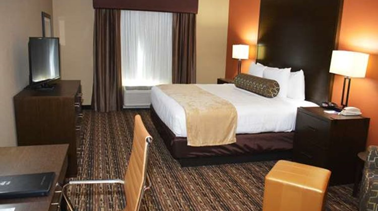 Best Western Plus Elmendorf Hotel Room
