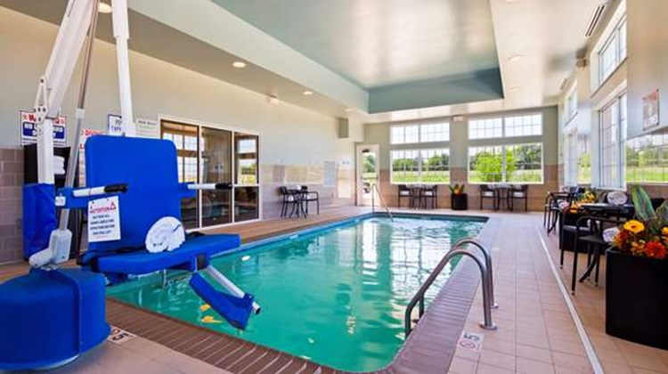 Best Western Plus Patterson Park Inn Pool