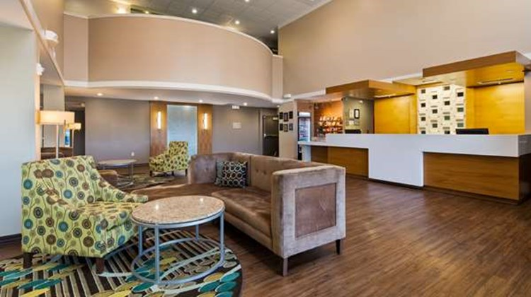 Best Western Plus Patterson Park Inn Lobby