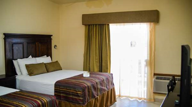 Best Western Laos Mar Hotel & Suites Room