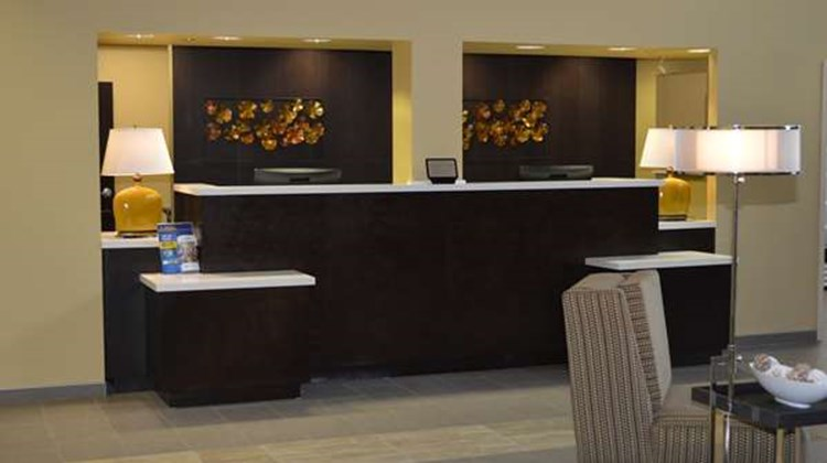 Best Western Plus Thornburg Inn & Suites Lobby