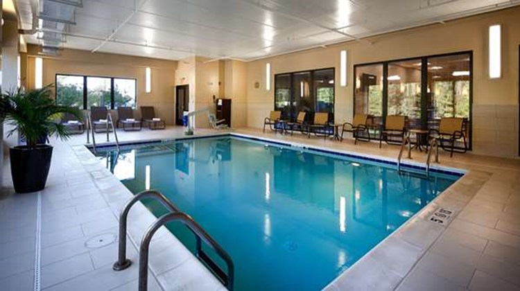 Best Western Plus Thornburg Inn & Suites Pool