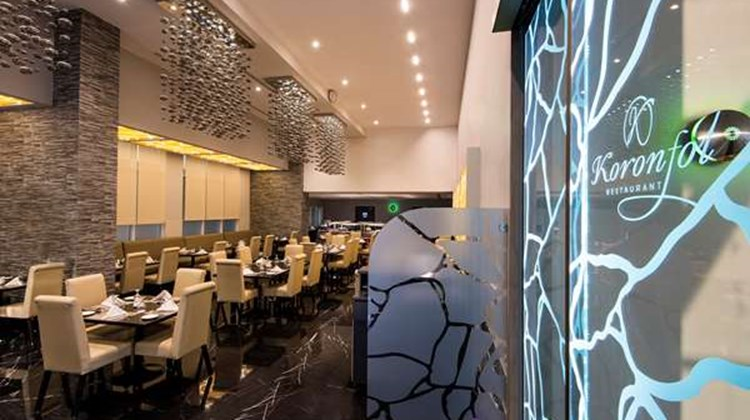 Best Western Plus Doha Restaurant