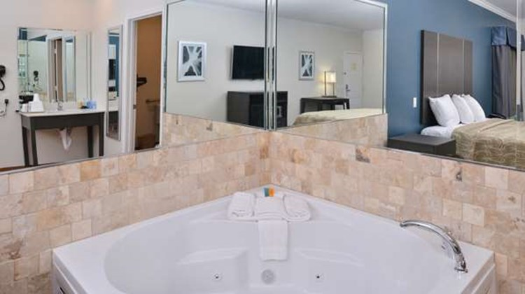 Americas Best Value Inn & Suites/Houston Spa