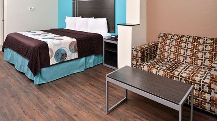 Americas Best Value Inn & Suites-Spring Room