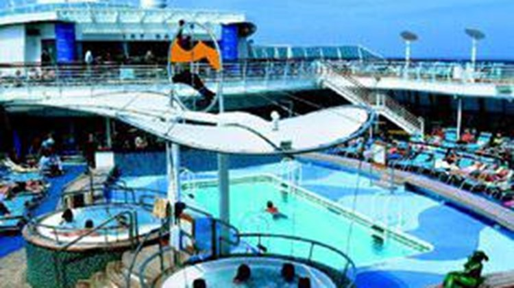 Brilliance of the Seas Pool