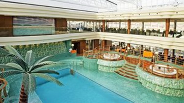 MSC Fantasia Pool