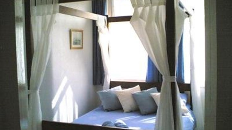 Airedale House Hotel Room