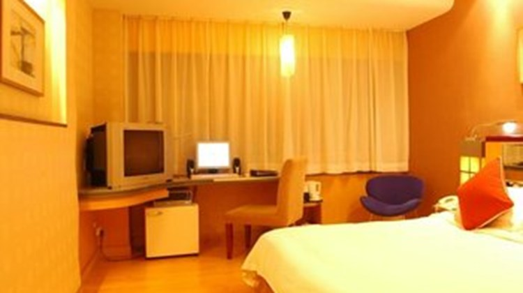 999 Business Hotel Room