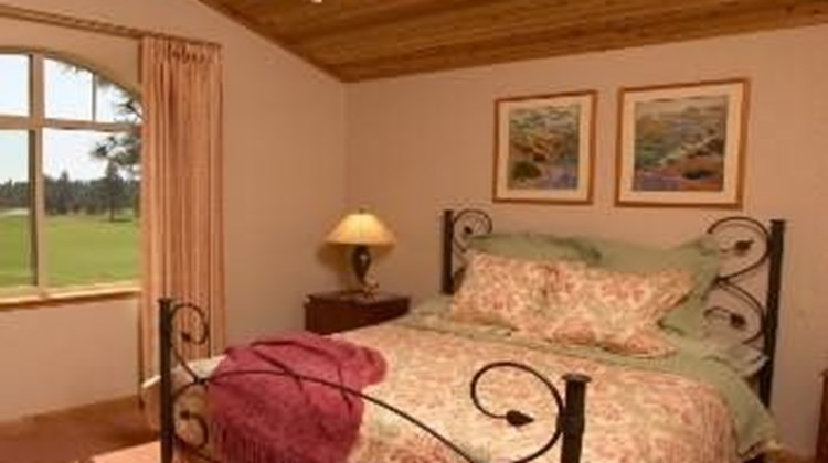 Bailey Creek Cottages Room