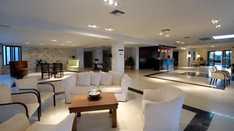 Asterion Hotel Lobby