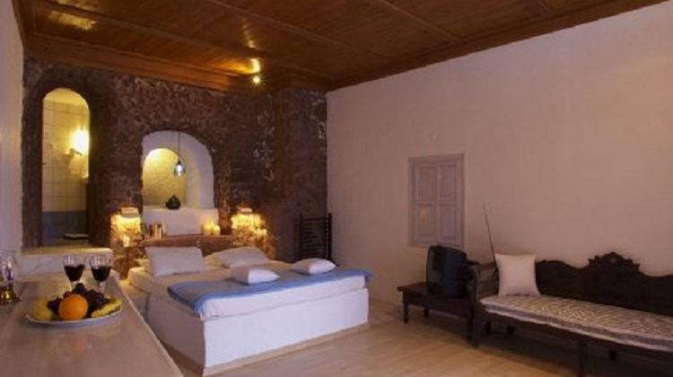 Amoudi Village Room