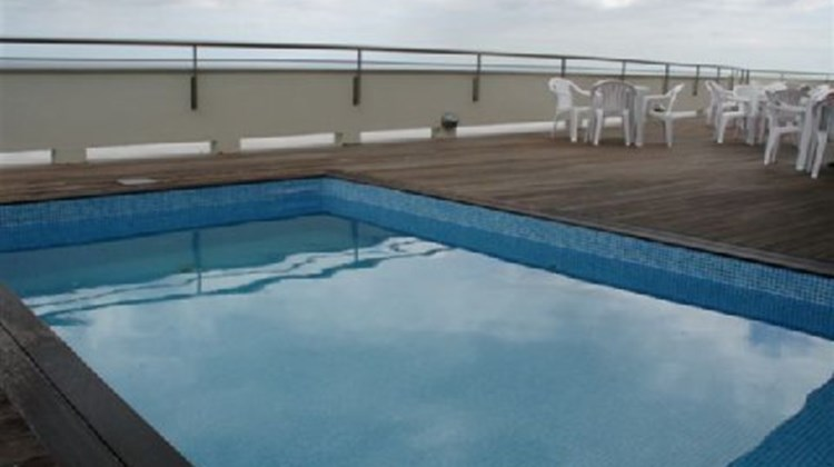Azores VIP Executive Hotel Pool