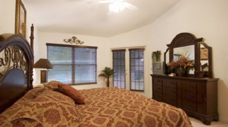 Families First Vacation Homes Room