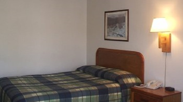 Alleghany Inn Room