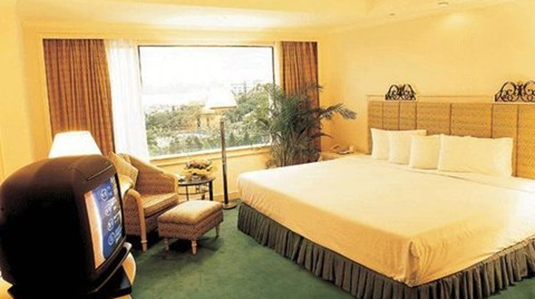 Zhuhai Holiday Resort Hotel Room
