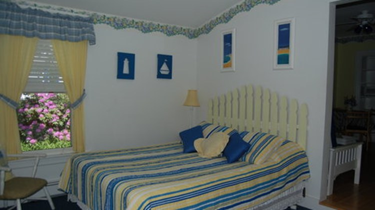 Atlantic Birches Inn Room